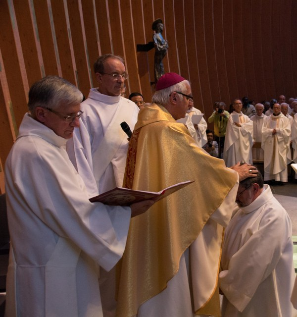 Ordination François Fayol imposition des mains